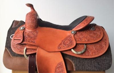 Custom made extrem Reinigsattel